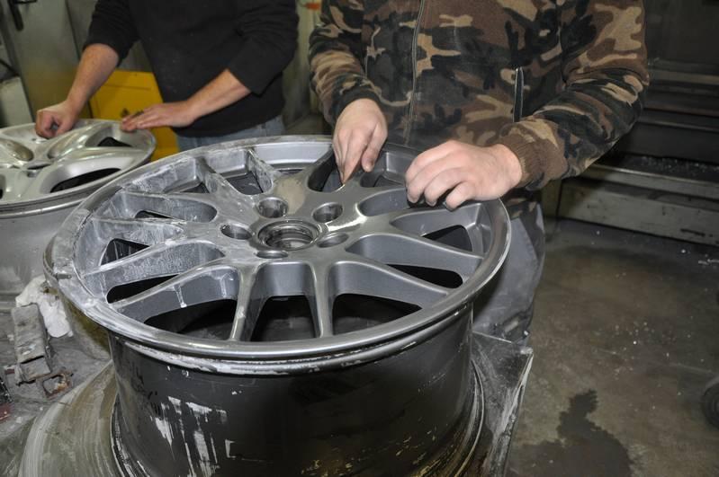 Réparation Rénovation Jante Alu Dévoilage Sablage Peinture Fixalu